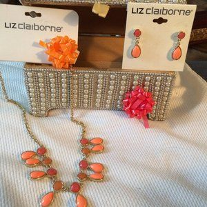 🎈Host Pick 🎈New Liz Claiborne Coral Jewelry Set